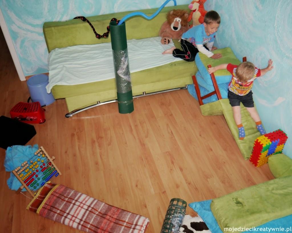 zabawy dla ma ych dzieci 6 24m moje dzieci kreatywnie. Black Bedroom Furniture Sets. Home Design Ideas