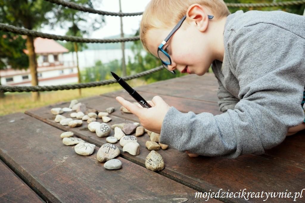 zabawy z kamieniami