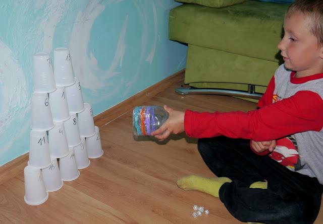 zabawy dla dziecka na urodziny zabawy dla dzieci w domu kreatywnie edukacja przedszkolu dwulatka trzylatka
