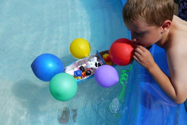 zabawy z 2 3 latkiem dla dzieci keatywnie z woda eksperymenty