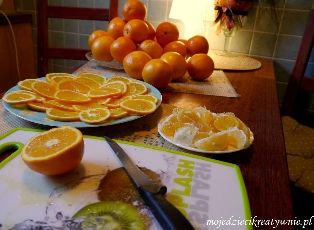 swieczka z pomaranczy