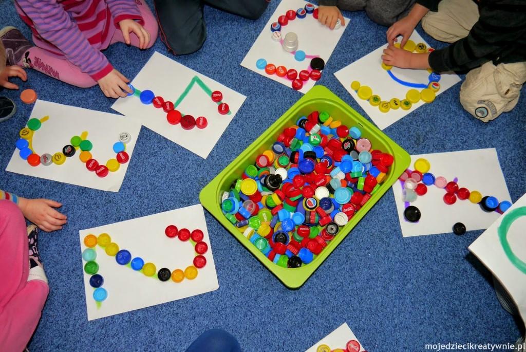 zabawy dla dzieci w przedszkolu w domu z nakretkami co zrobic kretwynie pomysly