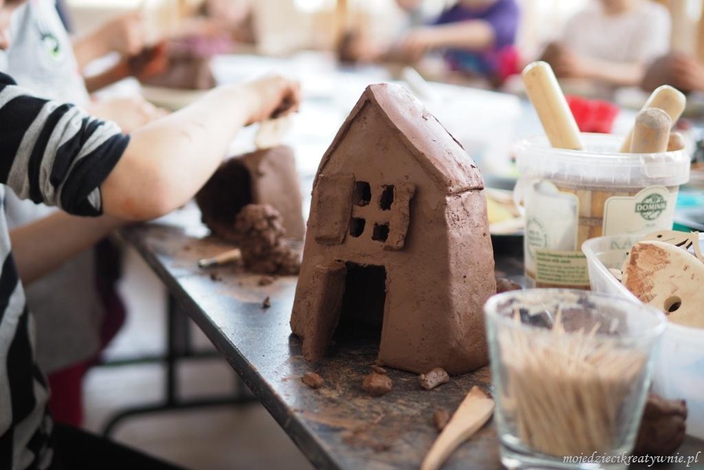 domki z gliny