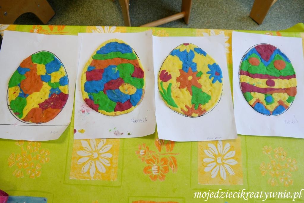 Pisanki z kolorowej masy solnej