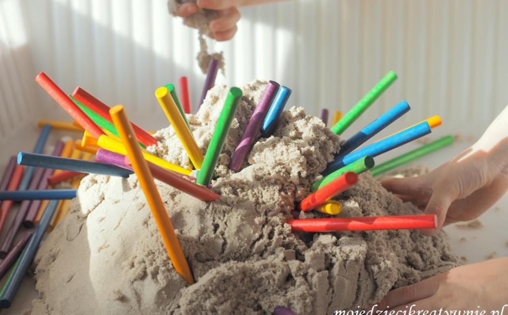 piasek kinetyczny przepis diy opinie zabawy dla 4 latka 5 dzieci w domu przedszkolu
