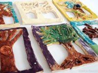drzewa z gliny cermika warsztaty dla dzieci prace plastyczne