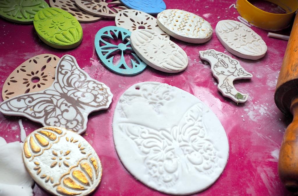 wielkanoc dekoracje masa porcelanowa ozdoby solna pisanki prace plastyczne