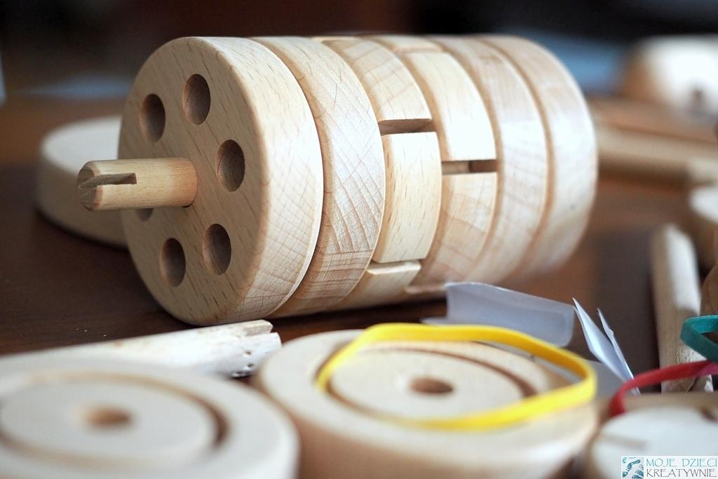 drewniane klocki dla dzieci