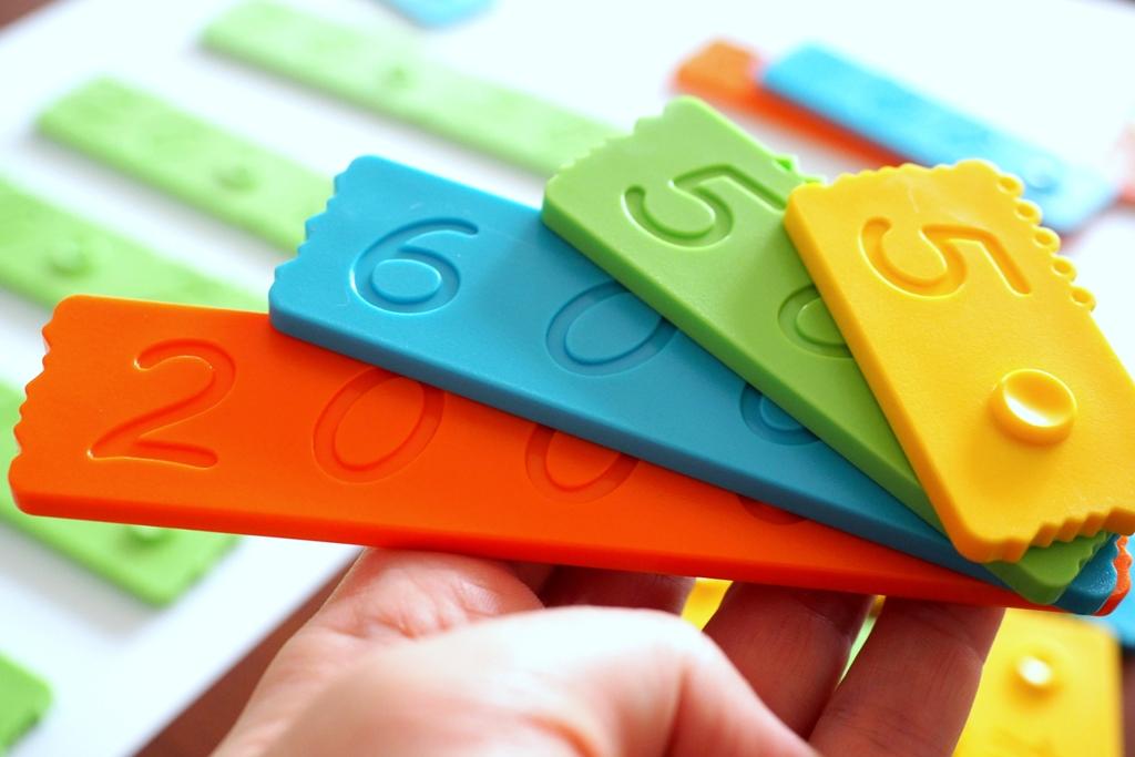 klocki dla dzieci matematyczne edukacyjne nemwero plastikowe