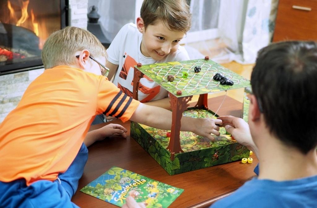 gry planszowe rodzinne