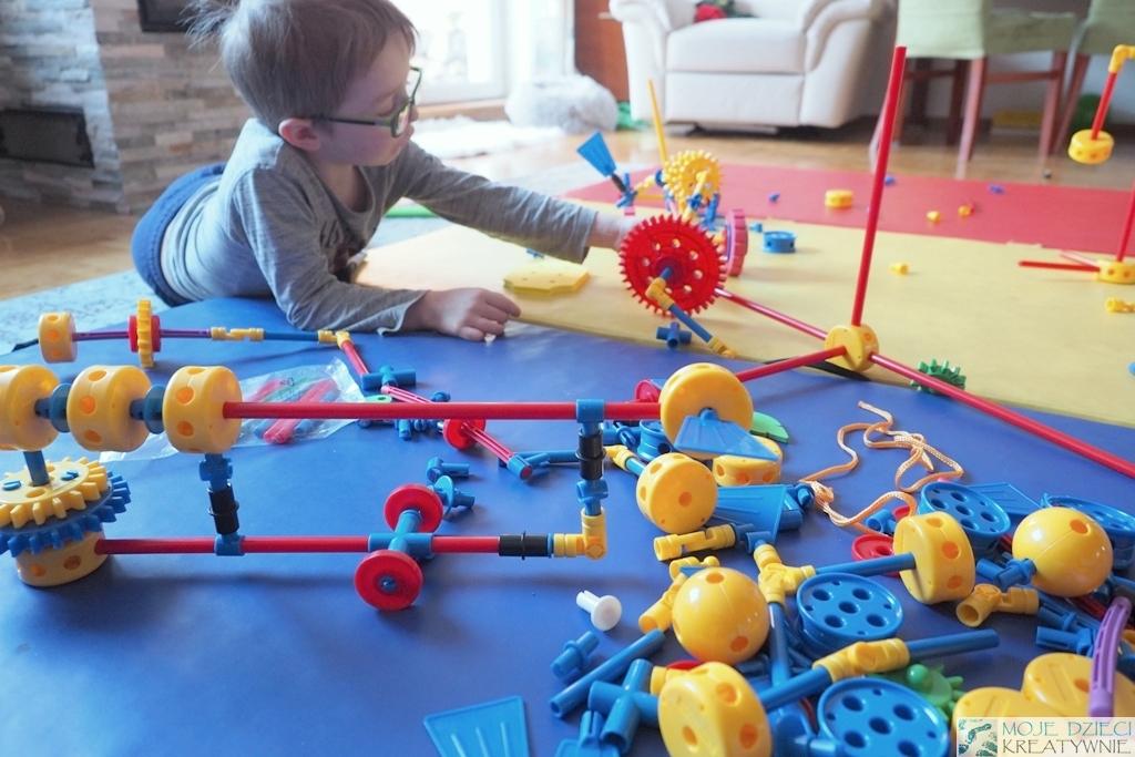 klocki konstrukcyjne dla dzieci plastikowe dla chlopca dziewczynki thinkertoy