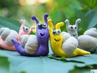 Ślimaki z plasteliny figurki zwierzatka