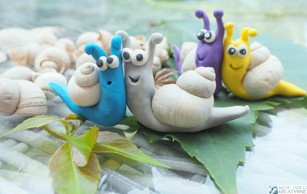 Ślimaki z plasteliny i muszelek - Moje Dzieci Kreatywnie