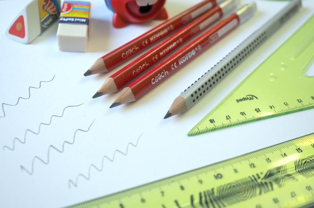 jaki olowek dla dziecka wyprawka szkolna dla ucznia moje dzieci kreatywnie