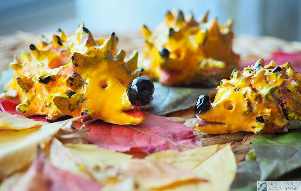 ceramika dla dzieci, jeże z gliny, moje dziei kreatywnie, prace plastyczne dla dzieci jesień