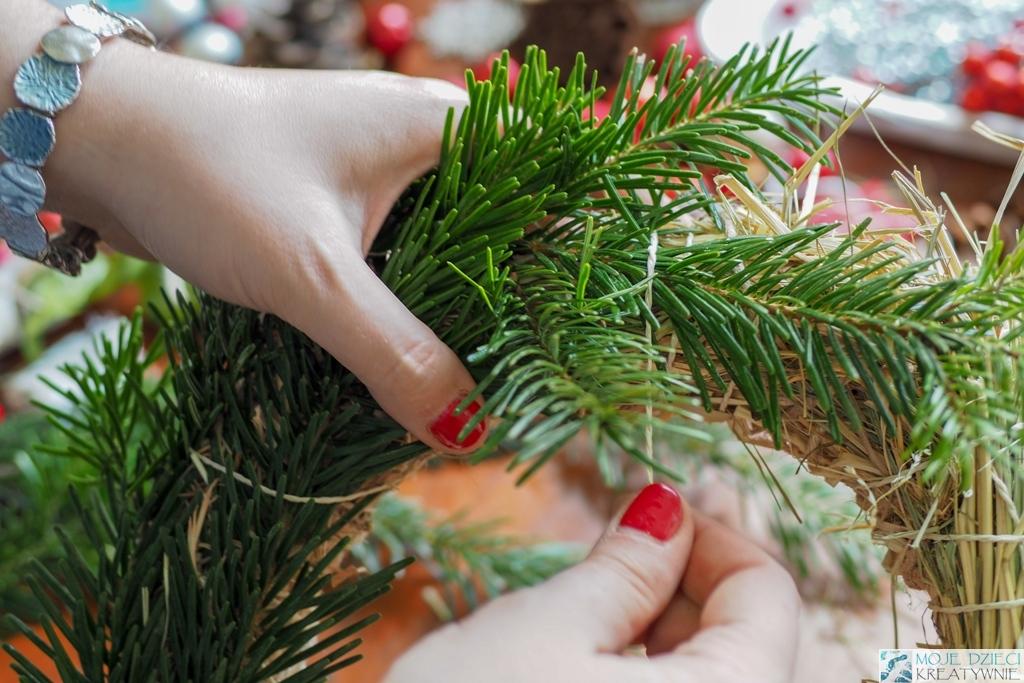 jak zrobić świąteczny wieniec samodzielnie