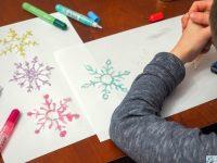 brokatowe śnieżynki praca plastyczna