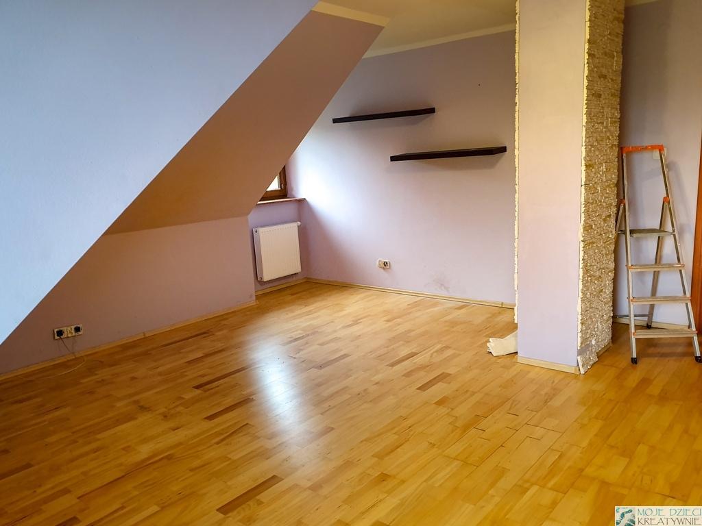 pokój ze skosami jak pomalować, pokój ze skosami jak urządzić