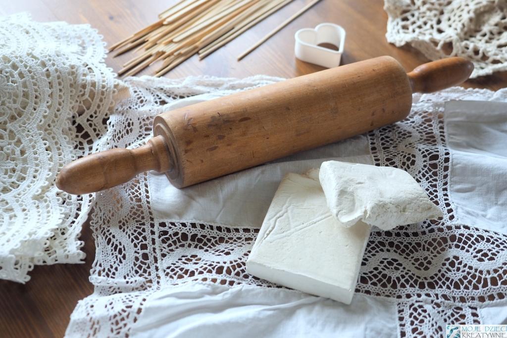 jaka glina samoutwardzalna najlepsza, prace plastyczne z gliny samoutwardzalnej