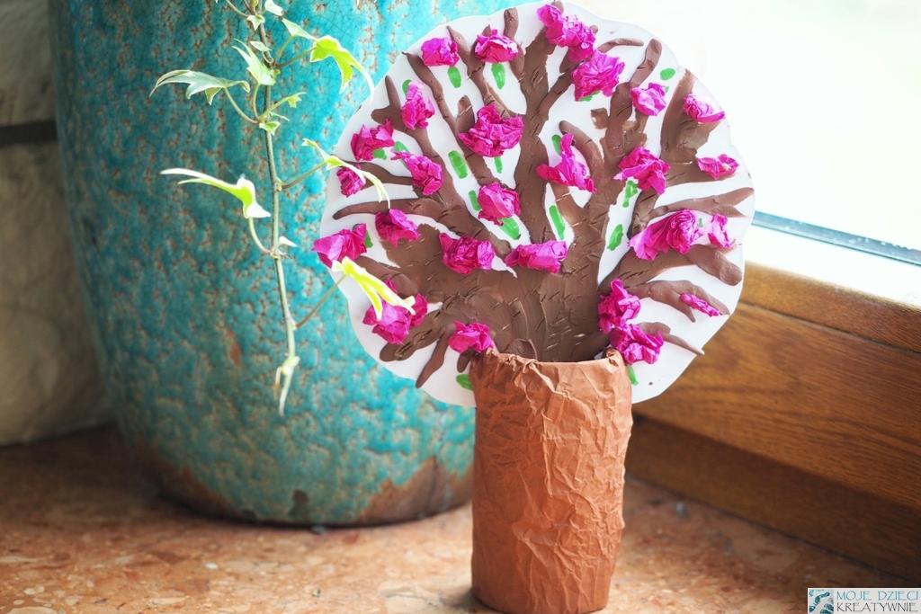 wiosenne drzewko z rolki, praca plastyczna wiosna