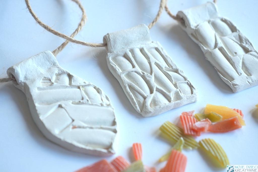 medaliony z gliny
