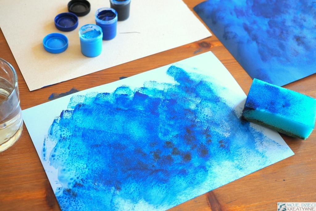malowanie farbami w przedszkolu, malowanie gabką