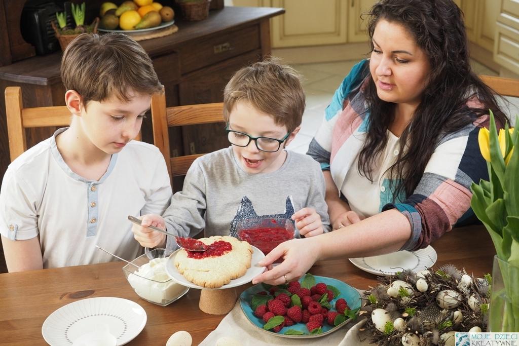 blog parentingowy o gotowaniu, dzieci gotują, przepis na ciasto mazurek dla dzieci