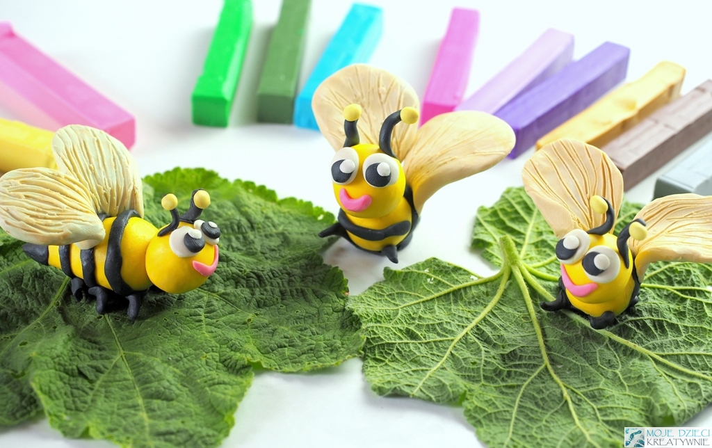 figurki z plasteliny, lepienie z plasteliny dla dzieci, pszczoła z plasteliny, owady z plasteliny