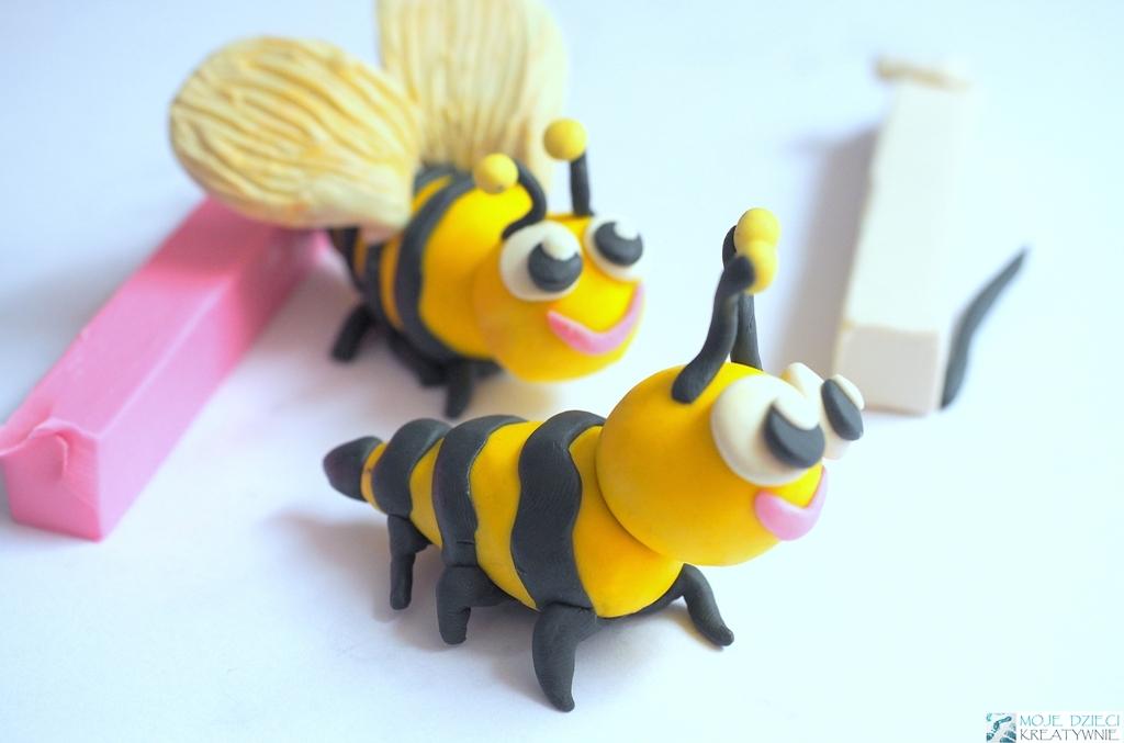 pszczoły z plasteliny, pszczółka z plasteliny, pszczółka praca plastyczna, pomysły na zrobienie pszczółki