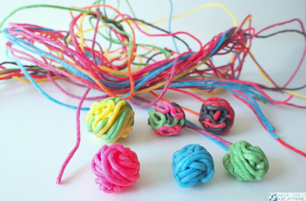 wikkistix, kreatywne sznureczki, woskowe sznureczki, kreatywne preznety dla dzieci