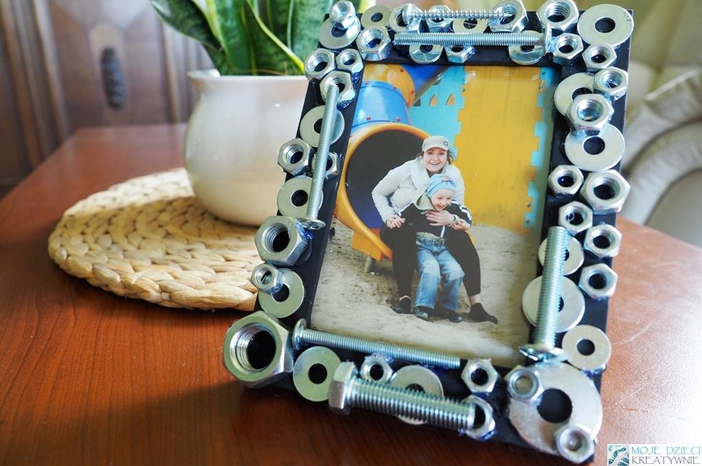 Pomysł na prezent na dzień Ojca, ramka ze śrubek, prezent diy dla taty, prezent od dziecka dla taty