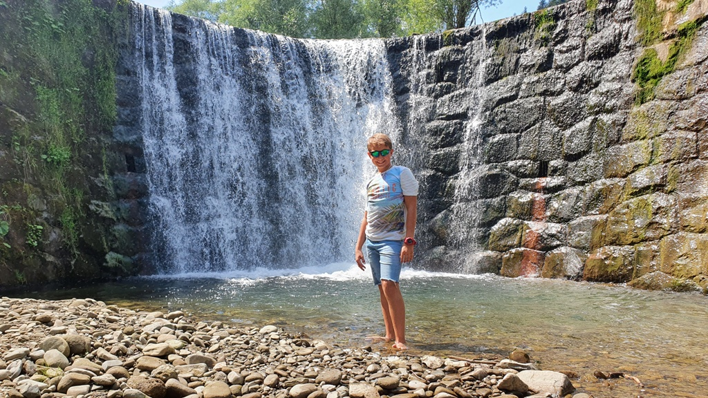 wodospad czercz, atrakcje beskid sadecki, wodospady w beskidach