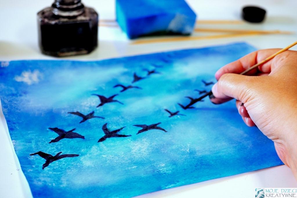 odlatujące ptaki, prace plastyczne na jesień, jesienne prace plastyczne, malowanie tuszem