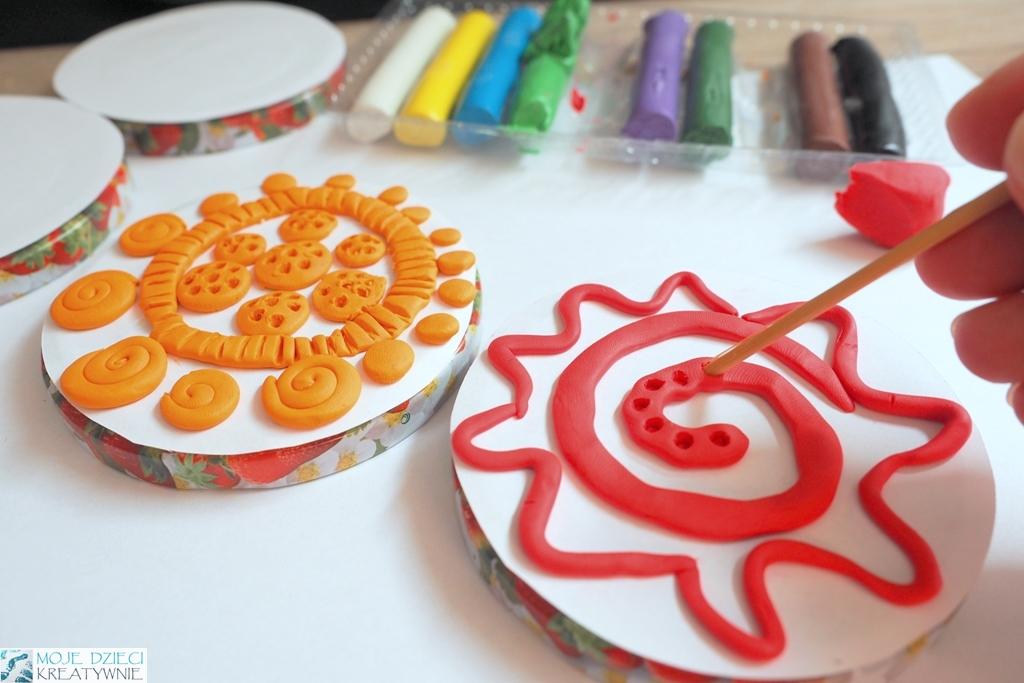 prace plastyczne plastelina, ciekawe pomysły na zajęcia plastyczne dla dzieci, techniki plastyczne