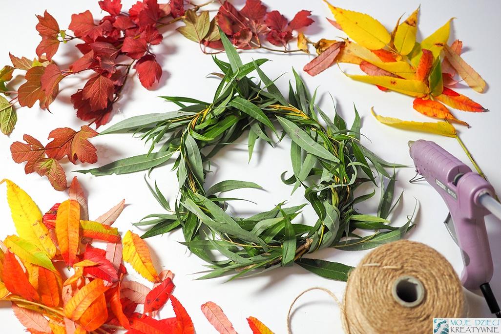 winek, jesienny wianek, dekoracje jesienne, jesień dekoracje z liści