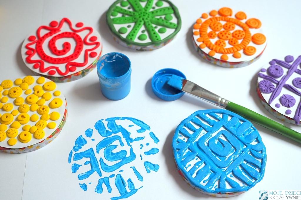 prace plastyczne z plasteliny, stemple z plasteliny, co można zrobiż z plasteliny, moje dzieci kreatywnie, prace plastyczne w przedszkolu pomysły