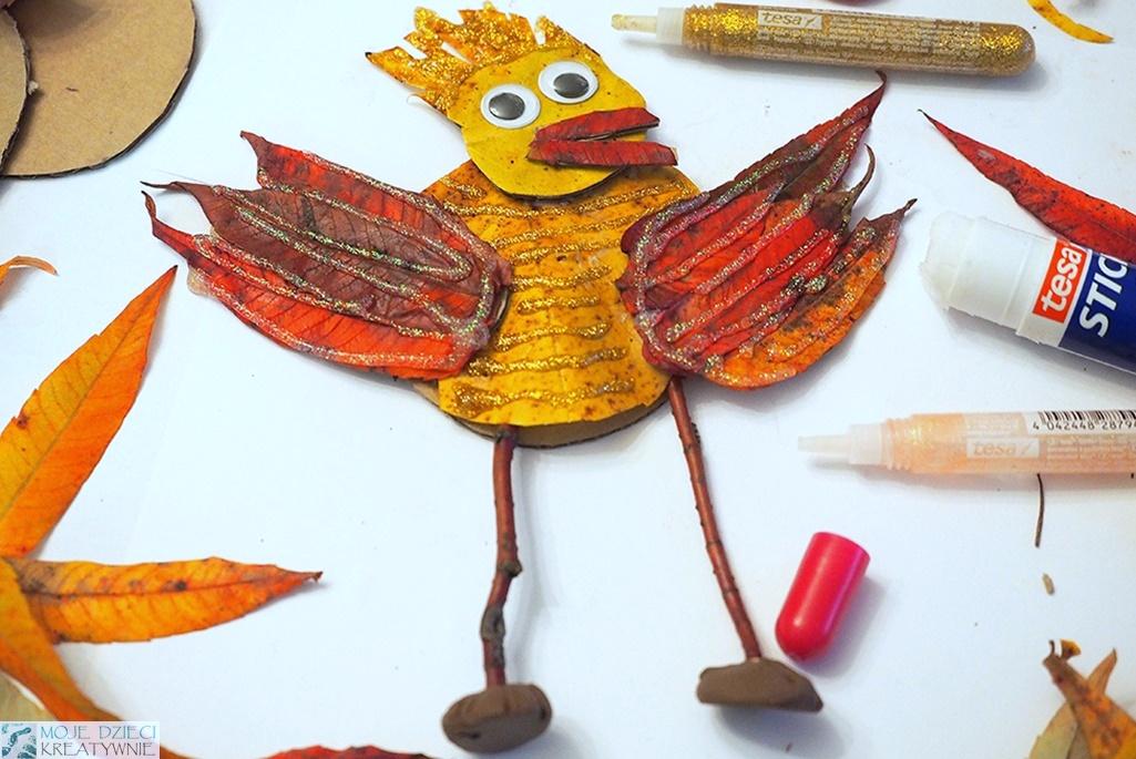 ptak z liści, papieru, patyków i plasteliny, pomysł na jesienne popołudnie i ciekawe prace plastyczne