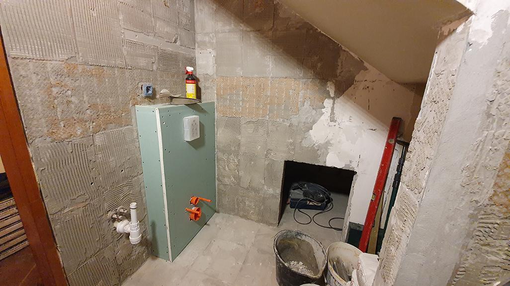 remont łazienki, skuwanie starych kafli