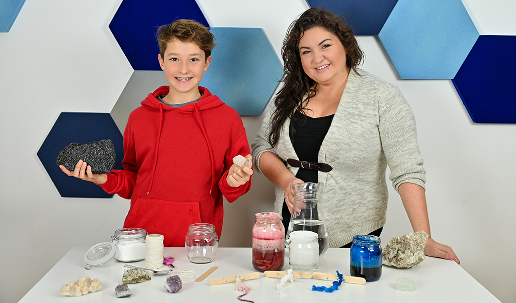 eksperymenty dla dzieci, krystalizacja soli doświadczenie, hodowla kryształów