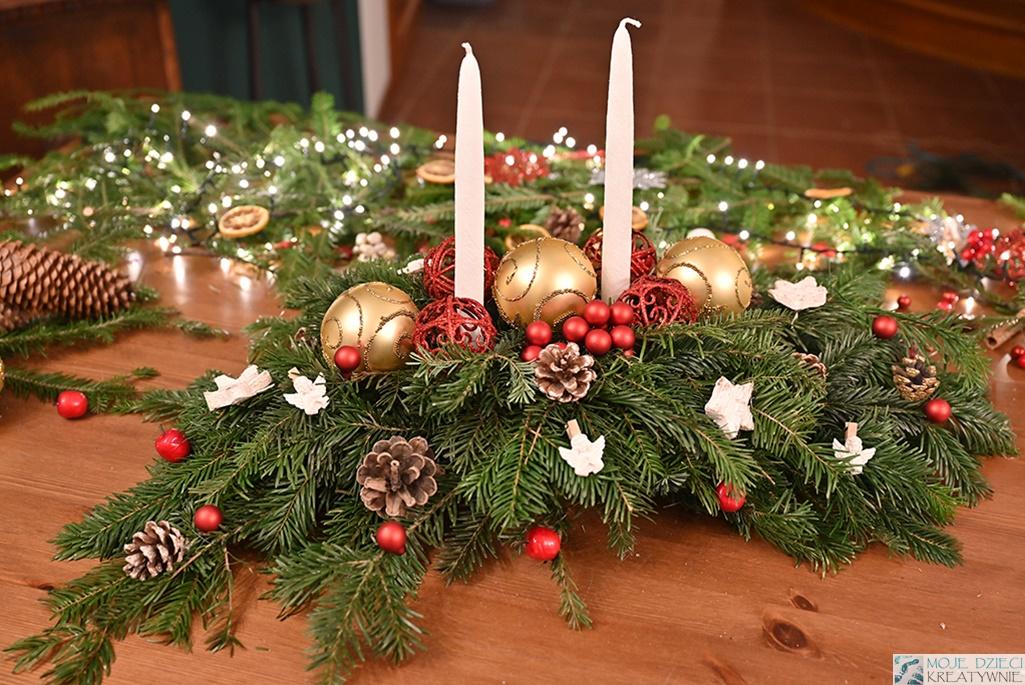 stroik świąteczny diy, stroin na boże narodznie na stół, stroik na wigilijny stół, dekoracje na boże narodzenie
