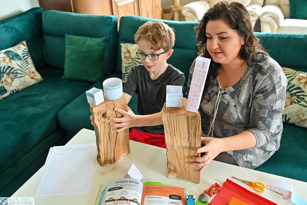 trzęsienie ziemi zabawa, doświadczenia dla dzieci o trzęsieniu ziemi, eksperyemnty dla dzieci, nauka przez zabawę