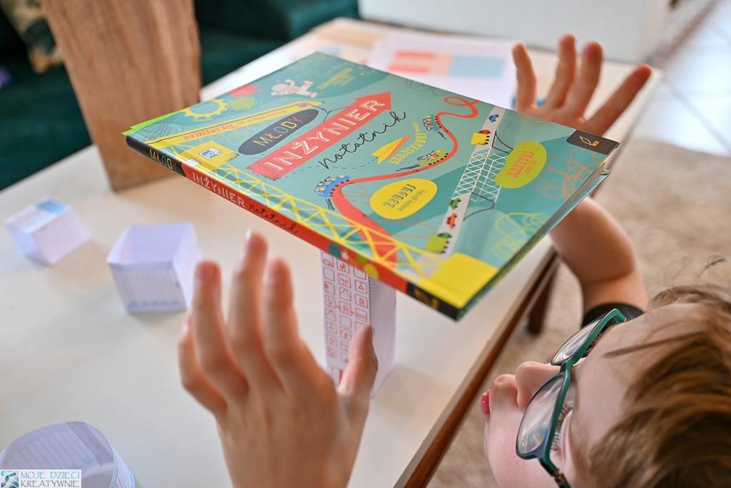 młody inżynier zabawy, eksperymenty, doświdczenia dla dzieci, konstruowanie, młody inżynier książka, notatnik.