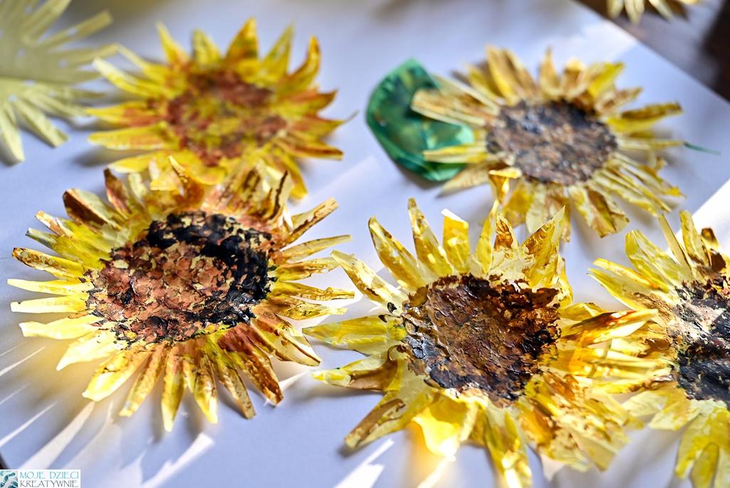 słoneczniki praca plastyczna, słoneczniki z papieru, słoneczniki z papilotek