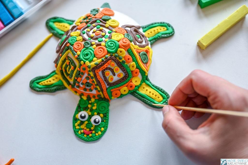 prace plastyczne z recyklngu, prace plastyczne z plasteliny, praca plastyczna z papieru i odpadów