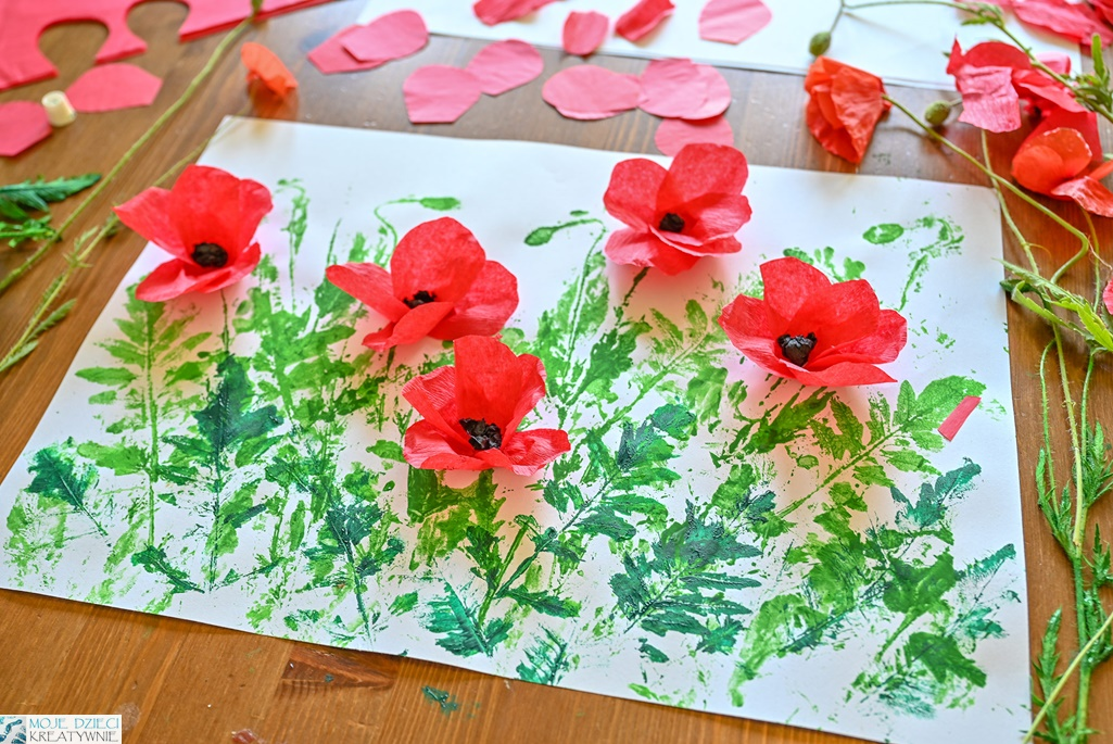 maki praca plastyczna, kwiaty z papieru, kwiaty z bibuły, maki z papieru