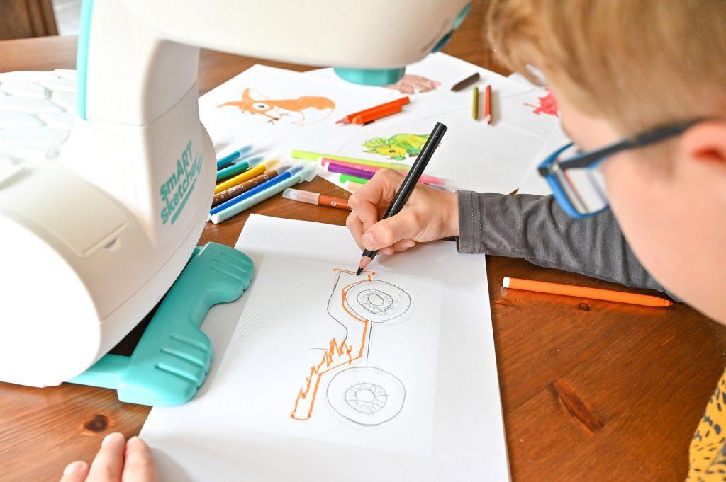 projektor do rysowania dla dzieci krok po kroku, smart sketcher 2.0, moje dzieci kreatywnie