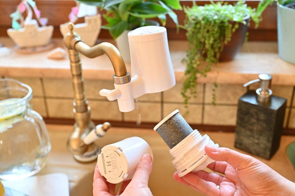 wymian filtra, wymiana wkładu do filtra, Filtr na kran, filtr do wody na kran, filtry tapp water