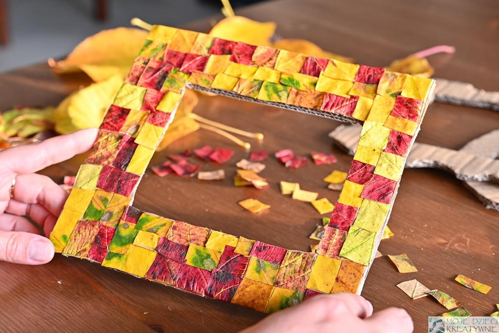 pomysły na prace plastyczne z jesiennych liści, moje dzieci kreatywnie, jesienne ramka na zdjęcia